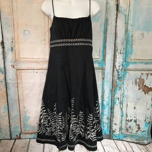 Ann Taylor Dresses - Ann Taylor Dress Embroidered Spring Summet